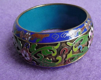 Beautiful  &  Wide  Floral  Enamel  Bangle  Bracelet .. Vintage , Detailed , Flowers