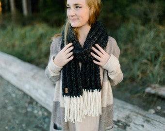 CHARCOAL - THE WESTWOOD scarf - Fringe Scarf - Winter Scarf