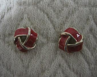 French Knot Pierced Earrings, Pierced, Red