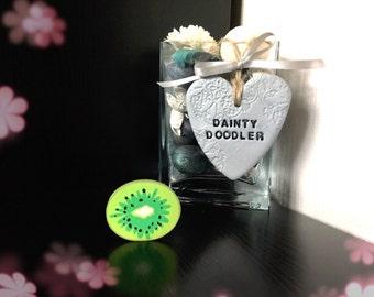 Kiwi Fruit Eraser / Novelty Rubbers / Stationery / Kids / School / Gift