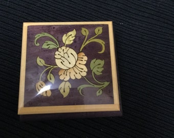 Vintage Style Small inlaid jewelry keepsake box