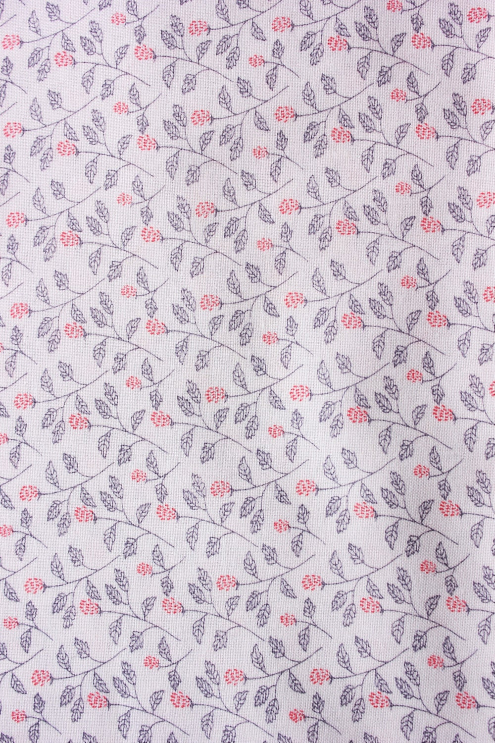 Cotton Fabric / Floral Fabric / Leaves Fabric Print / White