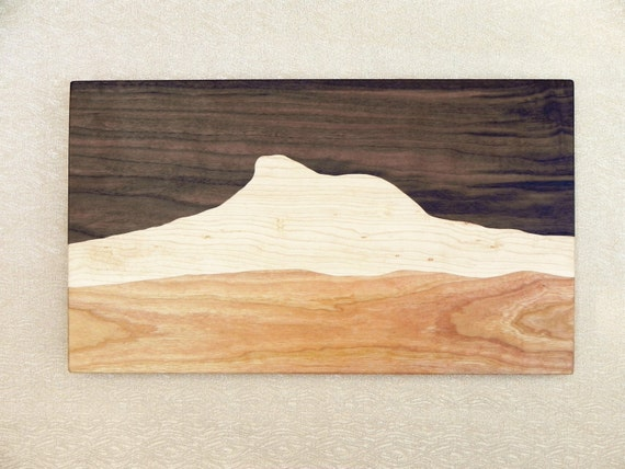 Famous Vermont Camel's Hump Mountain cutting board