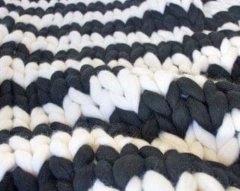 Chunky blanket, super chunky blanket, chunky knit blanket, wool blanket, knitted blanket, merino wool blanket, knit blanket, chunky knit