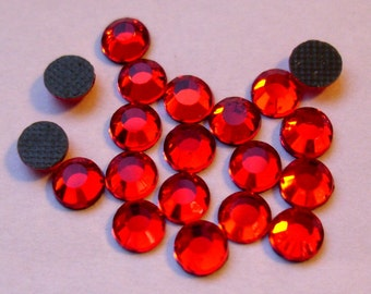 Hotfix rhinestones SS16 Siam Red