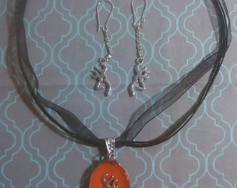 Browning Deer Resin Spoon Necklace on Cord and Ribbon and Earring Set