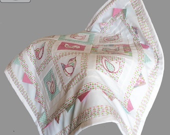 """Baby quilt design pdf pattern and tutorial : """"Calling the Spring"""""""