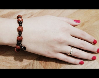 Shining red women bracelet of natural Aventurine. 1 strand