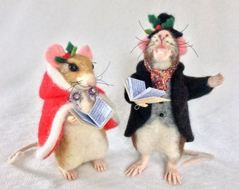 Christmas Carolers Needle Felted Sculptures - Sold as Pair