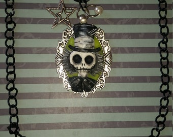 Necklace Fusion Jack Skeleton and Mad Hatter (Nightmare Before Christmas and Alice in Wonderland)