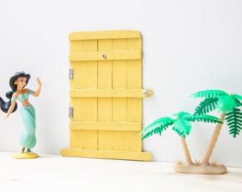 Door with furring strips easily