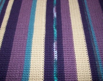 Acrylic Yarn Throw
