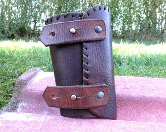 Leather Bracer / Leather Vam Brace / Large Cuff / Armour Cosplay / Fantasy Cuff / Arm Guard  / Mens Cuff / Leather Bracer / Medieval Style