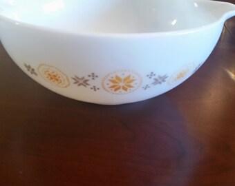 Pyrex Town & Country 4qt bowl