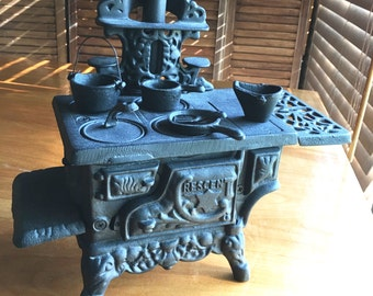 FREE SHIPPING, Vintage Salesman Sample Cast Iron Stove, Cresent Stove, Old Fashioned Stove,  Salesman Sample, Stove, Miniature Stove