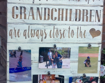 Rustic Grandparent sign