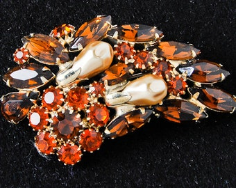 Amber and Gold Leaf Brooch