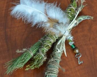Trio sticks to rituals of fumigation