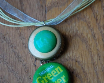 Green bottle cap pendant ribbon necklace