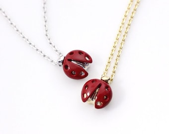 LadyBug Red charm pendant necklace in Gold / Silver