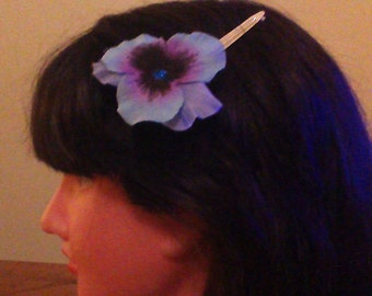 Ladies Purple Flower Hairclip