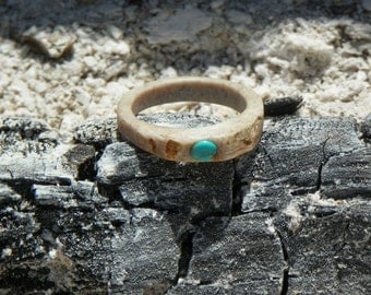 Lady's Deer Antler Ring With Turquoise Inset Stone, Size 10.5, Natural White Tail Deer Antler Ring, Eco-Friendly Jewelry, Bone Ring