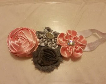 Girl's headband with gray and peach flowers