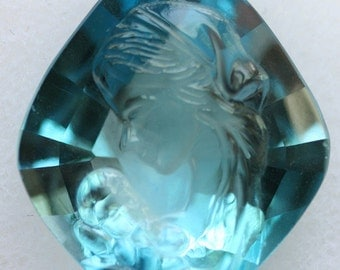 Carved Blue Topaz Madonna and Child Gemstone 35.50cts size 27.00 x 22mm g0946 Loose Faceted Gemstone Jewelry Making Semi Precious Gem