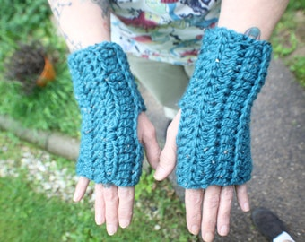 Turquoise Arm Warmers