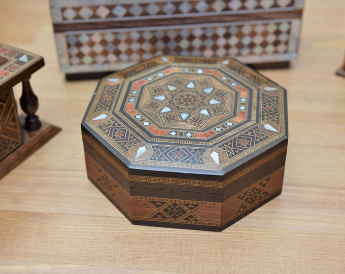 Jewelry Box, Small Jewelry Box, jewelry storage, Vintage Box, Wooden Jewelry Box, Syrian Art, Wooden home decor, Trinket box, keepsake box.