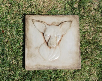 Chihuahua, garden stone made in the U.S.A.