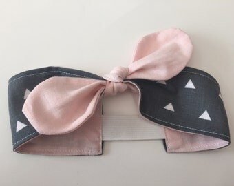 Triangle headband for babies and toddlers