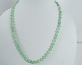Vintage Hand Knotted Light Green Jade Beaded Necklace