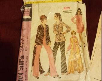 1970 McCall size 16 #2477