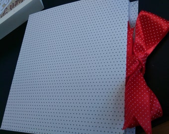Happy Dots Gift Box