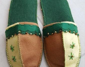 Felt finches 1001 - dark green beige Brown - with anti slipping sole