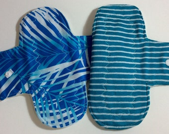 "7.5"" cloth panty liner set of 2."