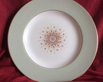"""WH Grindley Satin White Tudor Star Dinner Plate 10"""""""