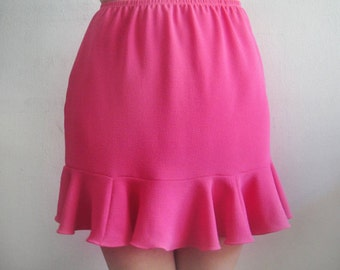 Dark Pink Mini Skirt with ruffle. Size S