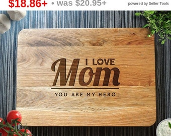 SALE! I Love You Mom Cutting Board. Mothers Day Gift, Personalized Cutting Board, Gift for Mom, Mom Birthday, Mother's Day, Gift from Kid...