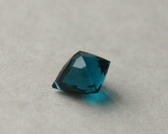 Faceted Glass Briolette, Teal Blue Quartz Pendant, Faceted Bead, Faceted Pendant, Chandelier Focal Bead, Faceted Glass Pendant