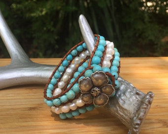 Pearls and Turquoise Beads Bracelet Brown Leather
