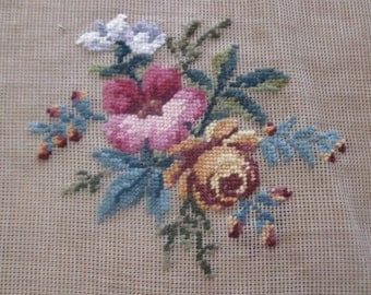 "Vintage pre-worked needlepoint. 20""x20"" Bouquet, main colors – pinks, peaches, greens."