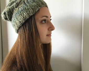 Spring green faux-cabled slouchy knit hat