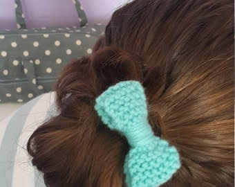Knitted bow hair accessories