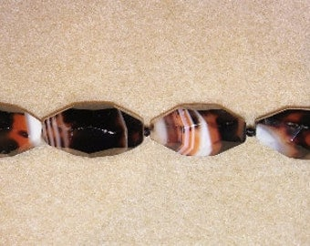 SALE! Agate beads banded agate orange and black black agate orange agate white agate focal beads striped agate pendant beads oval beads