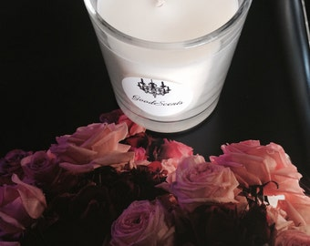 Pomegranate Noir                          200ml Handpoured Handscented Handmade Eco-Friendly Soy Candle.
