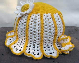 Knit summer hat of baby with flower Chamomile nice butterfly handmade