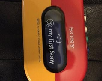 """80'S Sony """"My First Sony"""" Walkman"""