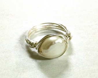 White Freshwater Pearl Ring - Size 6.5
